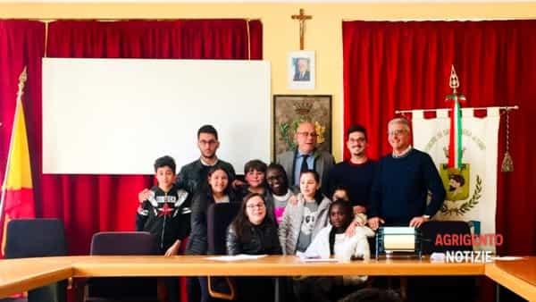 Sant'Angelo Muxaro, dopo il Sindaco ecco anche il Baby Presidente del Consiglio: é Bruno Rosa. -3