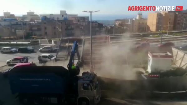 """Demolito il distributore di carburanti di piazza Ravanusella, Firetto: """"Spazio alla bellezza"""""""