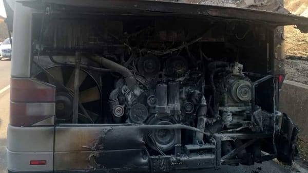 incendio bus turistico-2