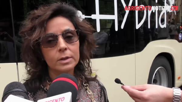 """In città il primo autobus ibrido, Samuela Scelfo della Sais: """"Vantaggi? E' silenzioso"""""""