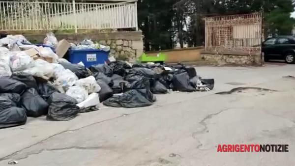 """Area dell'ex ospedale """"San Giovanni di Dio"""" trasformata in discarica abusiva dei rifiuti"""