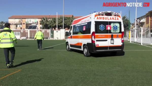 """E' arrivata """"Tango 20"""": la nuova ambulanza di rianimazione per i rioni balneari della città"""