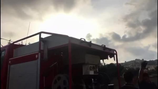 Incendiata la minicar di un operaio 59enne, aperta un'inchiesta