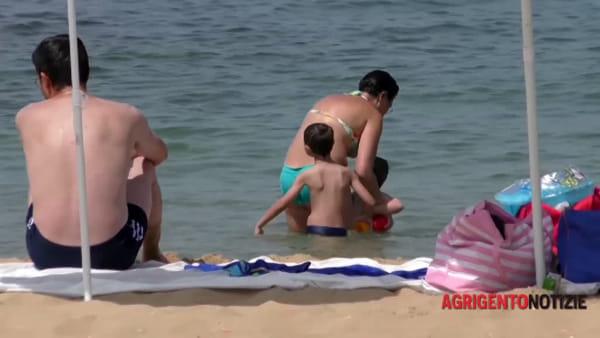Protagonismo civico in spiaggia: associazioni donano passerella per l'accesso dei disabili