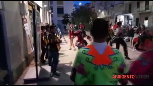 """""""Un flash mob equivale ad una sfilata?"""" Lo sfogo di un abitante di via Manzoni"""