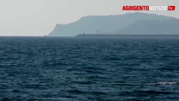 Con un catamarano di cinque metri farà il giro della Sicilia: il sogno di Andrea Barbera diventa realtà