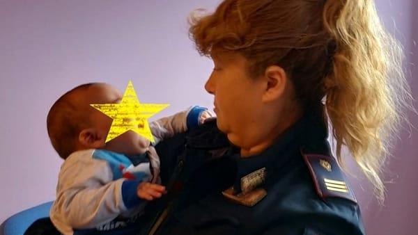 poliziotta neonato 3 mesi-2