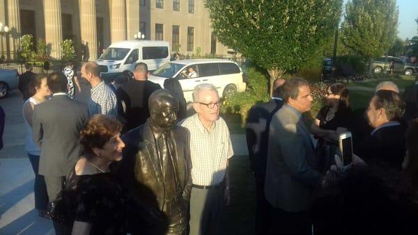 inaugurata statua sciascia ad hamilthon3-2