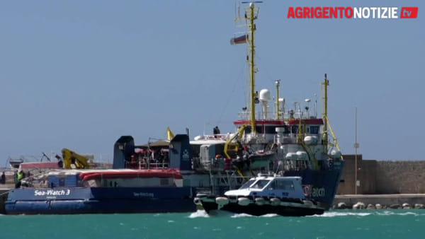 """""""Sea Watch 3"""" sotto fermo amministrativo, la Ong: """"Volontà politica di bloccare le navi umanitarie"""""""