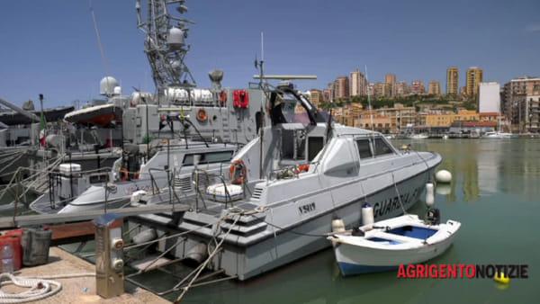 """Tentano di sbarcare a Porto Empedocle, niente da fare: 8 migranti """"beccati"""""""