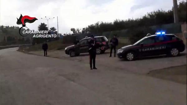 """""""Da 30 a 200 euro per prestazione"""", arrestati 5 uomini e una donna"""