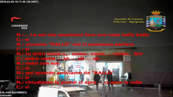 """Inchiesta antimafia """"Passepartout"""", le intercettazioni: """"Con un deputato ti aprono la cella e la guardia se ne va"""""""