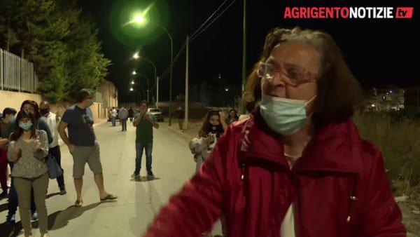 """Tunisini in fuga da Villa Sikania, l'esasperazione dei siculianesi: """"Questa è la democrazia?"""""""