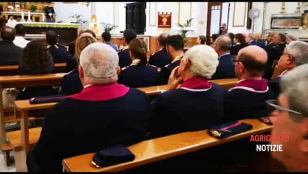 """La polizia celebra San Michele, il cardinale: """"Siete come gli angeli che devono proteggere e aiutare"""""""