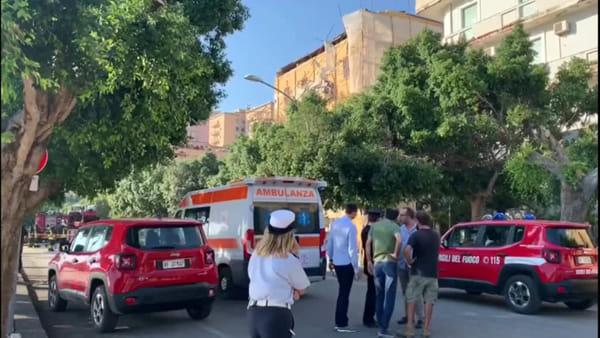 Si sbriciola un altro cornicione del palazzo di piazza Cavour: chiuso il viale Della Vittoria