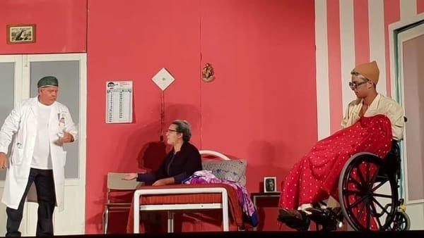 """Rassegna teatrale estiva di Seccagrande, in scena la commedia:""""Parcheggio a pagamento"""""""