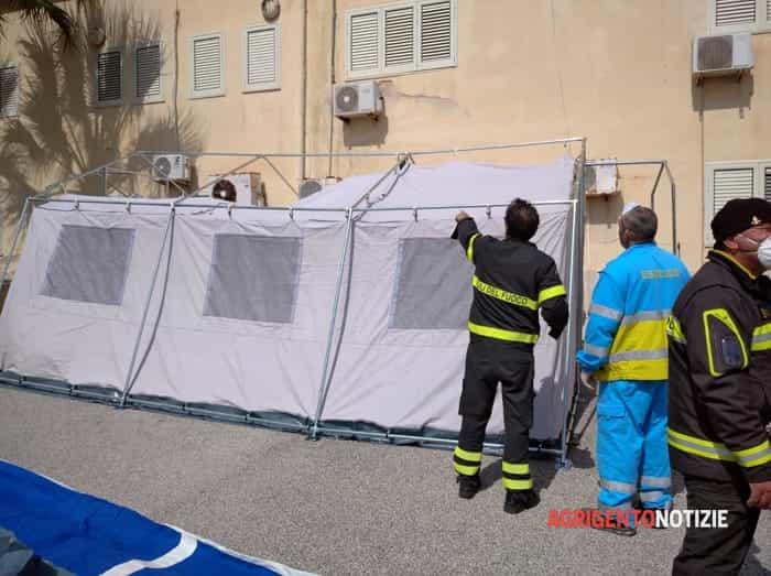 Coronavirus, arriva tenda pre-triage a Lampedusa