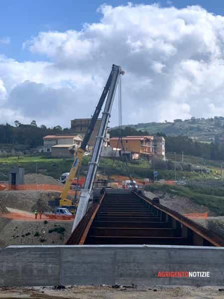 Il ponte Petrusa ha toccato terra