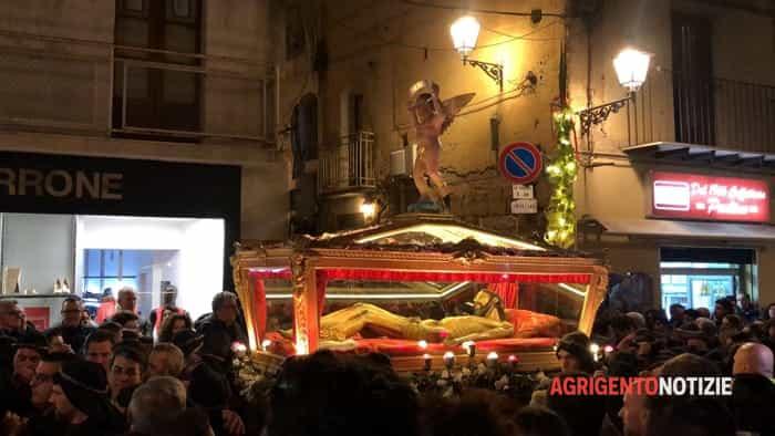 agrigento, processione urna Cristo morto