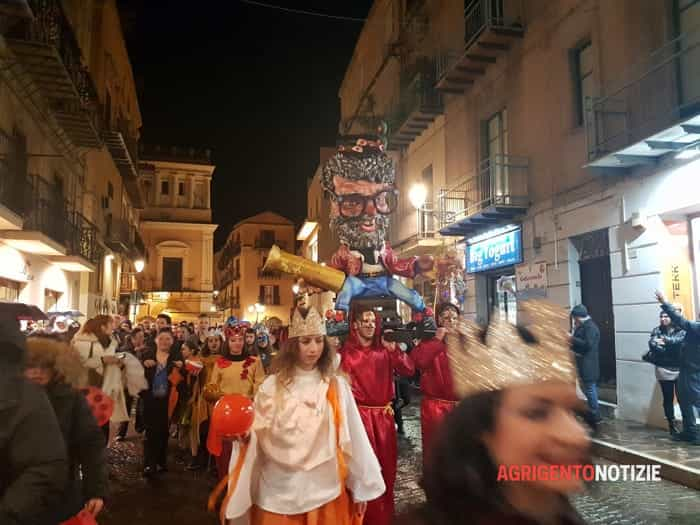 Il carnevale dalle via Atenea