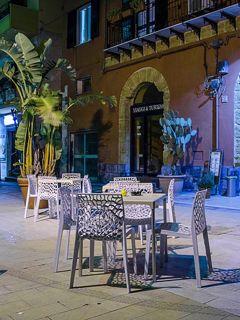 La Piazzetta, caffetteria e wine-bar